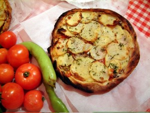 Ftira - Traditional Pizza