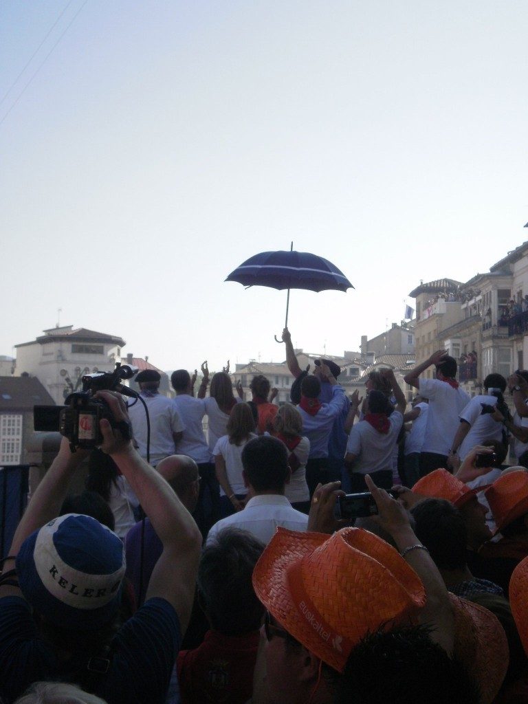 Llegada de Celedón, estalla la fiesta en Vitoria-Gasteiz