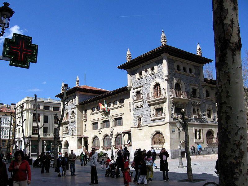 Plaza de Correos en Vitoria Gasteiz. Foto: sonferrer.net