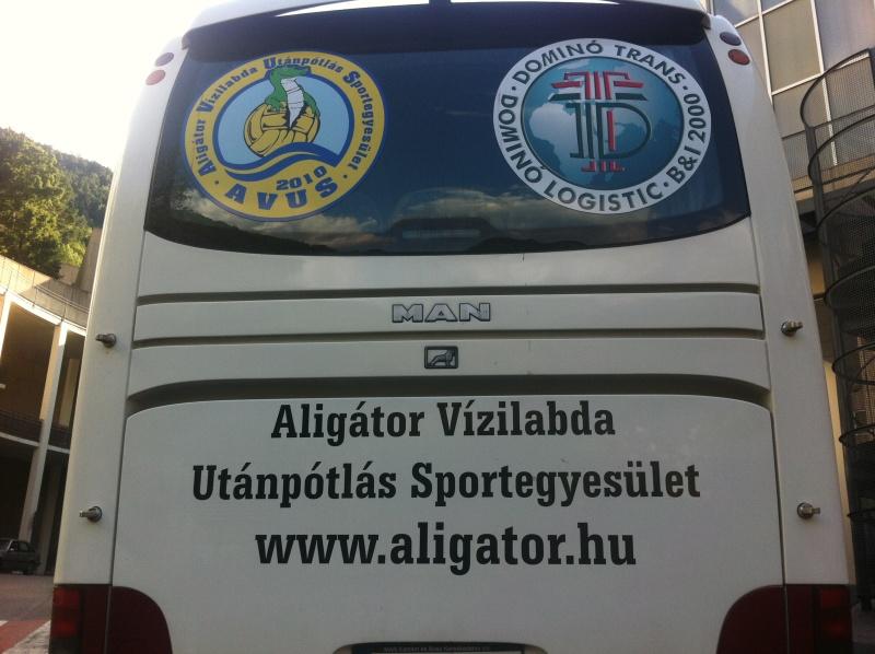 El bus húngaro se puso al servicio de todos los equipos