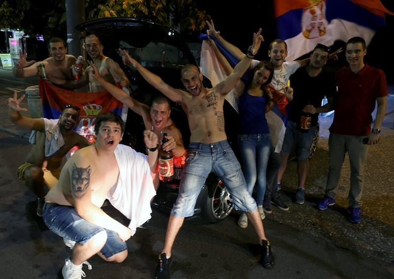 final_serbia_aficion4