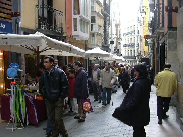 Mercado de la Almendra. Foto  gasteizon.com 563d39dfbbab7